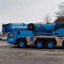"""""""busy in Berlin"""" GMK5250XL-1"""