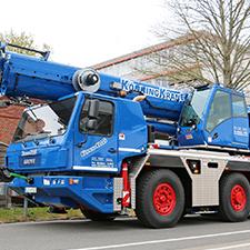 Könning Krane holt neuen Grove GMK3060L Manitowoc Werk ab